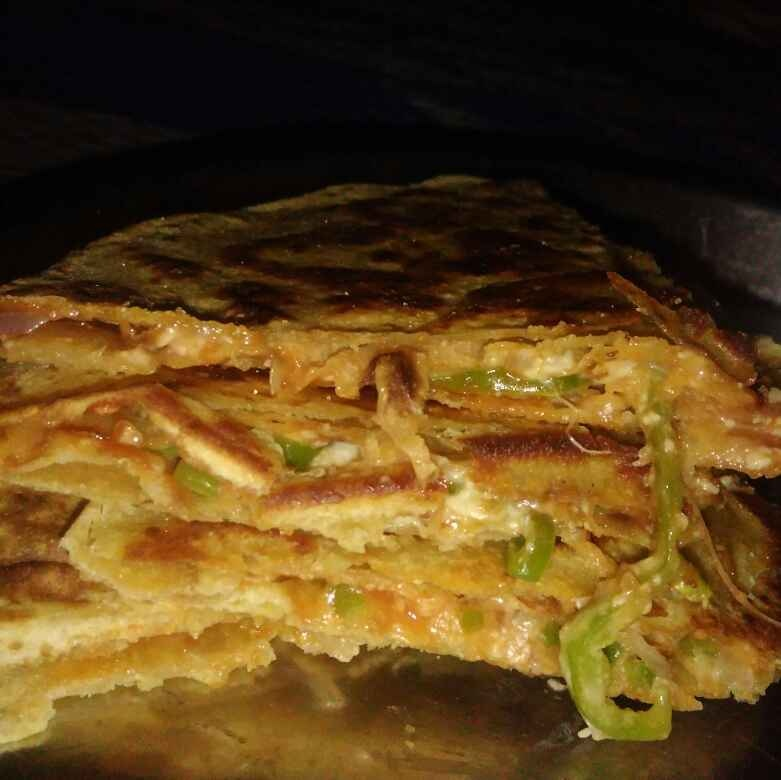 How to make Chapati pizza :pizza: