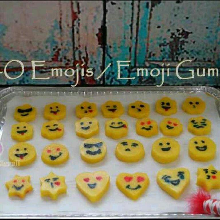 How to make Emoji Gummies