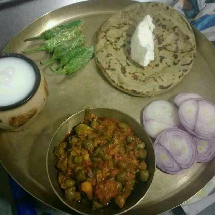 How to make Winter Special green  chana sabji with Bajre ki Roti