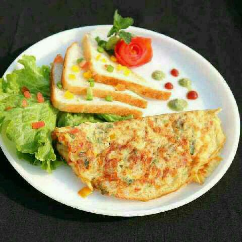 How to make Masala Cheese Omelette