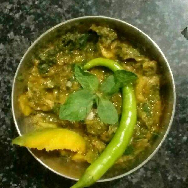 How to make Kachche Aam ki Chutney