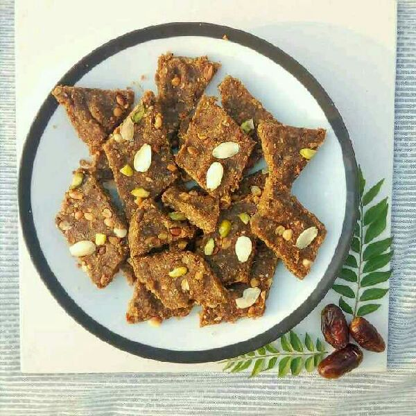 How to make Healthy No Bake Energy Bars