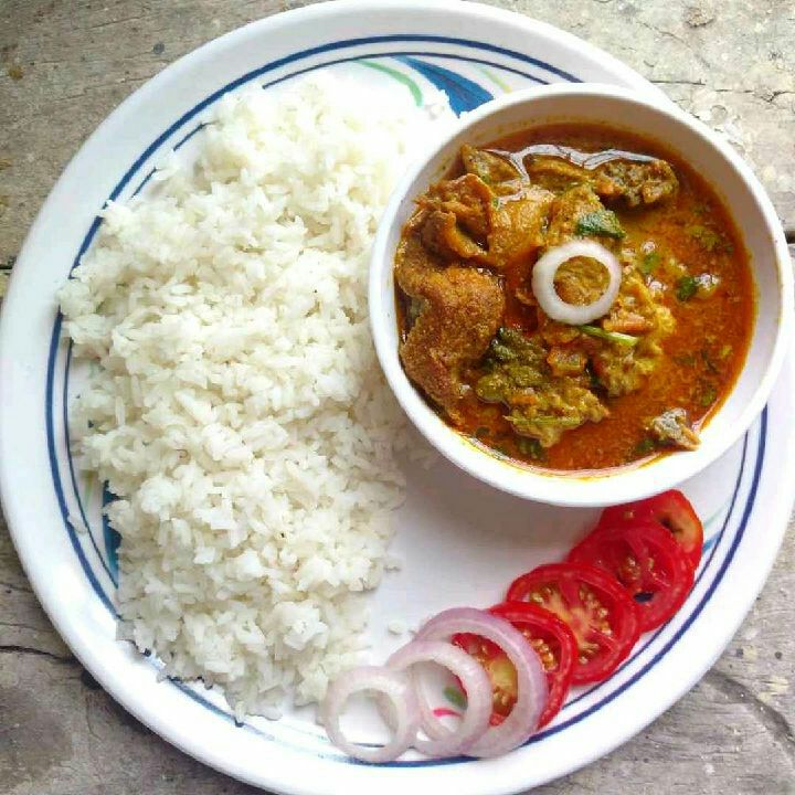 How to make Shorshe Maach- Fish Curry in Mustard Gravy