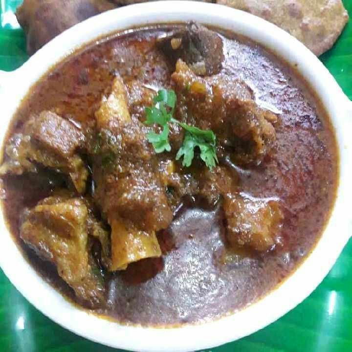 How to make Malvani Mutton Curry