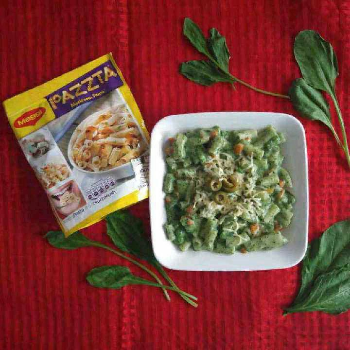 How to make Maggi Pazzta in a Cheesy Spinach Sauce