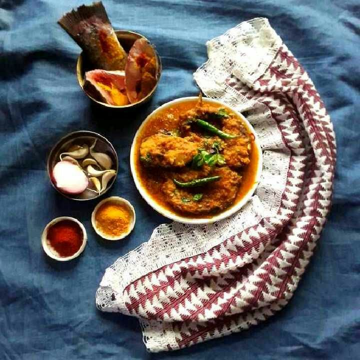 How to make Bengali Style Rohu Fish Curry