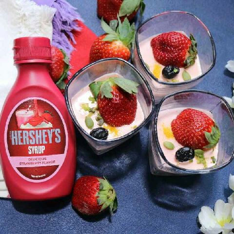 How to make Hersheys Strawberry Panna Cotta