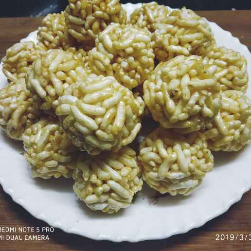 Photo of Puffed rice ladoos. by Sonali Belose-Kayandekar at BetterButter