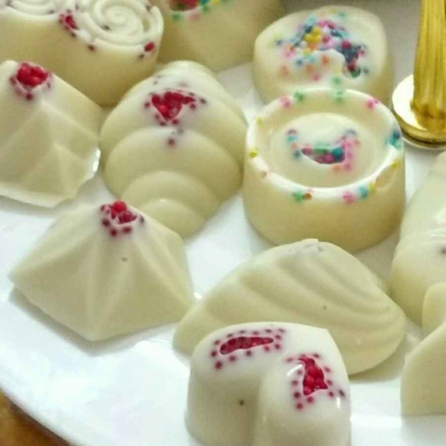 How to make Homemade White Chocolates