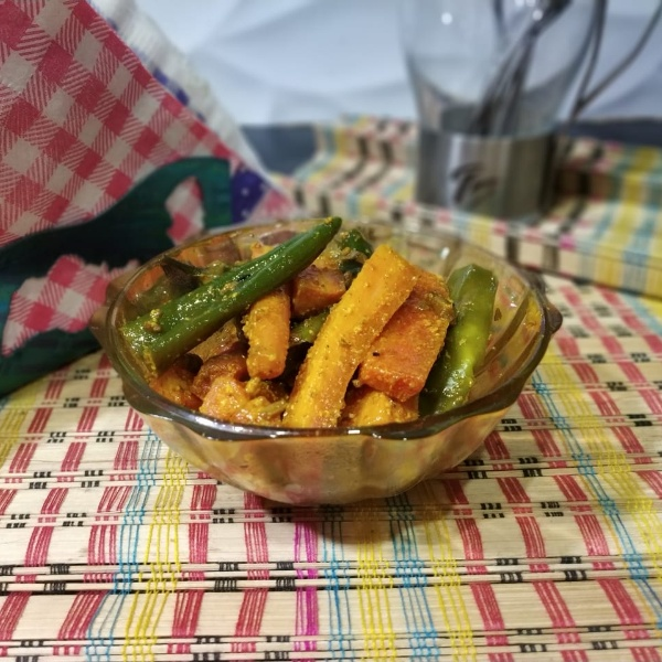 How to make Carrot and Green Chili Pickle