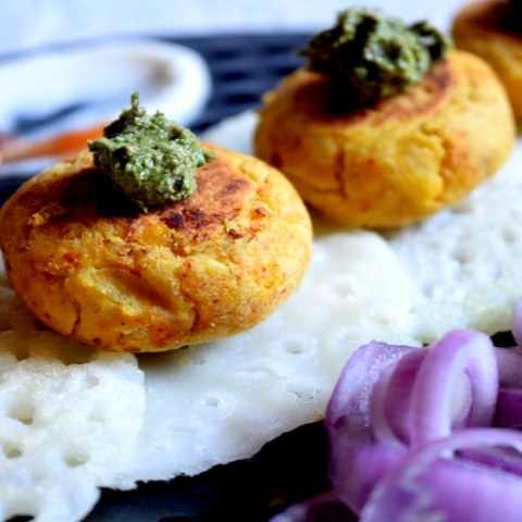 How to make Rice Pancake with Daal Kabab