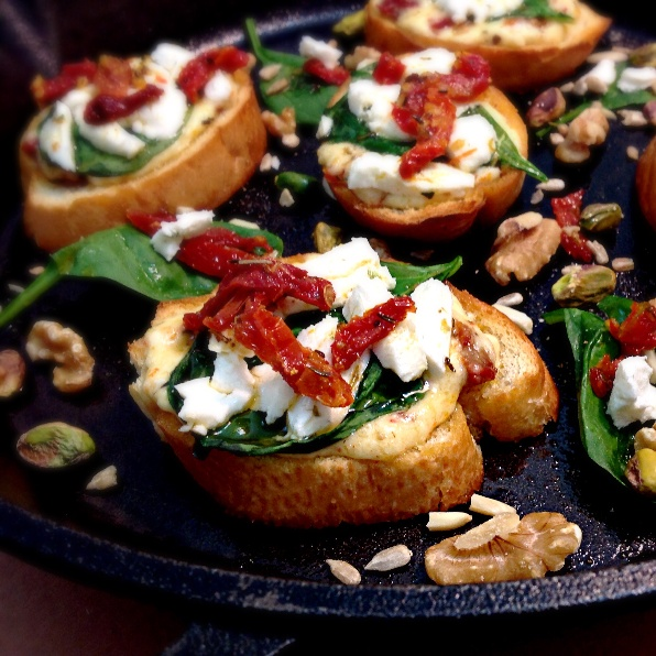How to make Goat Cheese & Sundried Tomatoes Open Faced Sandwich