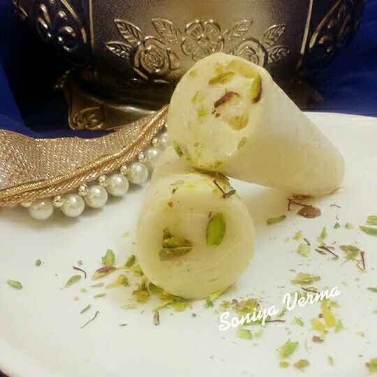 Photo of Royal Kesar Pista Kulfi by Soniya Verma at BetterButter