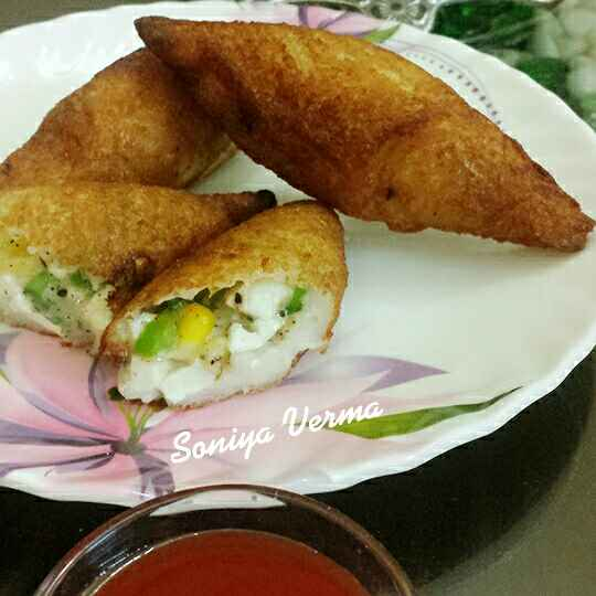 Photo of Pizza bread roll by Soniya Verma at BetterButter