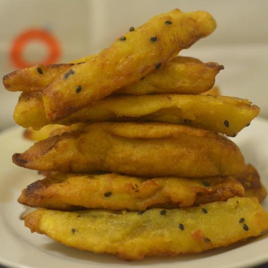 How to make Banana Fritters (Ethakka Appam)