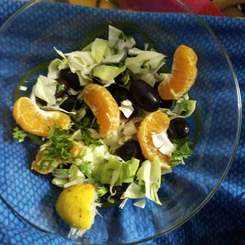 How to make Cabbage Fruity Salad