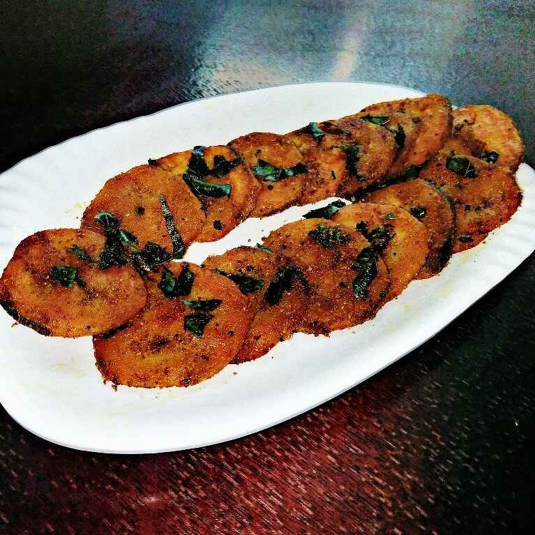 Photo of Valakkai spicy rounds by sowmya shriram at BetterButter