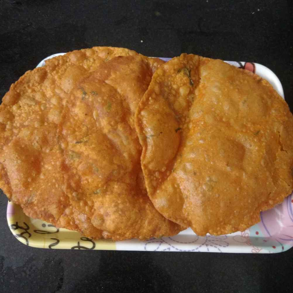 Photo of Poori with gram flour by sravanthi komaravelli at BetterButter