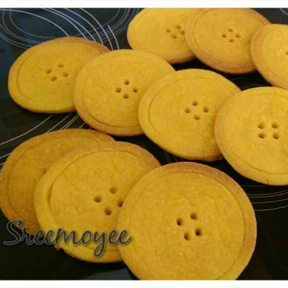 Photo of Button Cookies by Sreemoyee Bhattacharjee at BetterButter