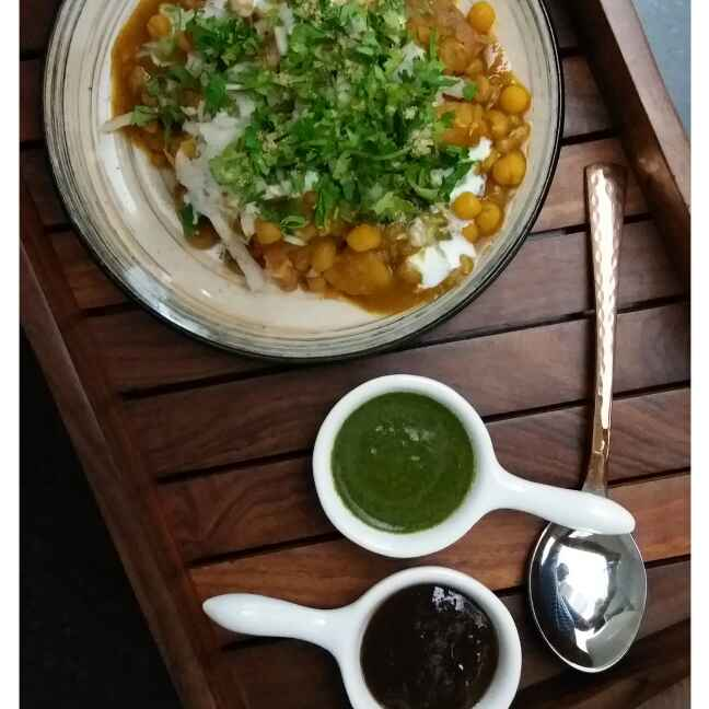 Photo of Ragda with Ghugni by Sreemoyee Bhattacharjee at BetterButter