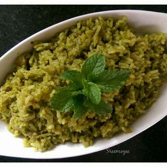 Photo of Spinach rice by Sreemoyee Bhattacharjee at BetterButter