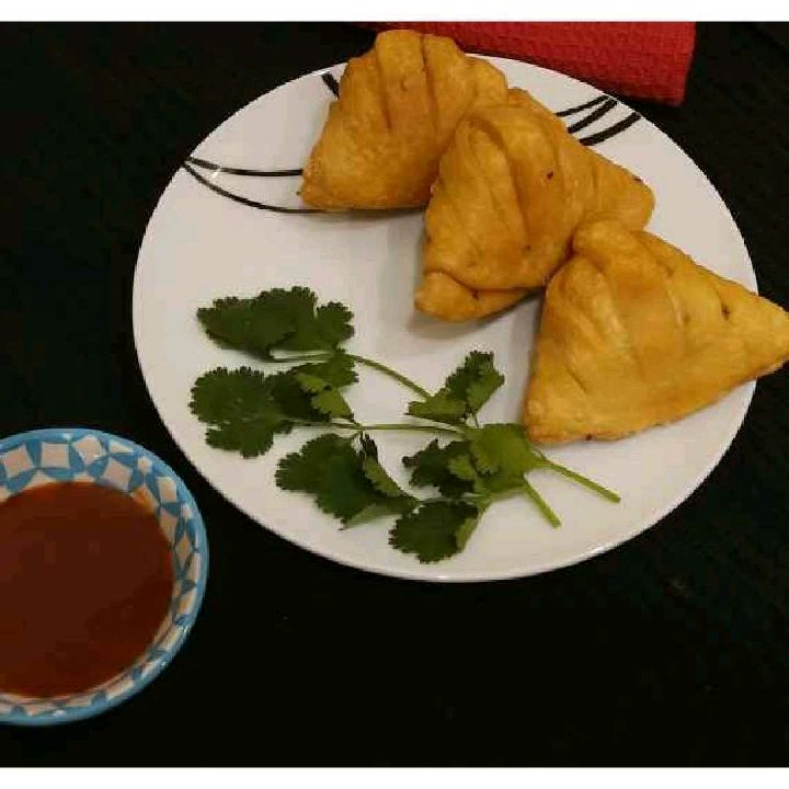 How to make Designer aloo samosa