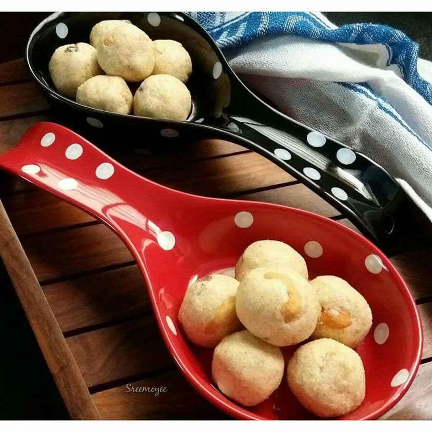 How to make Rava laddus