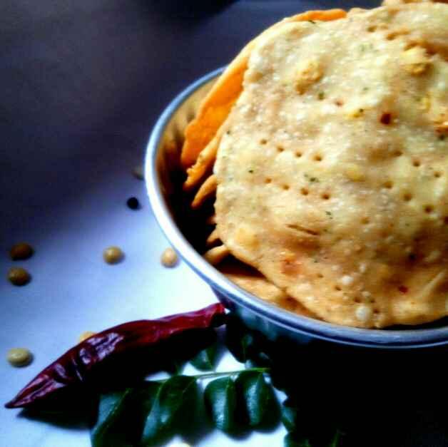 Photo of Kara thattai / crispy savoury snacks by Subashini Murali at BetterButter