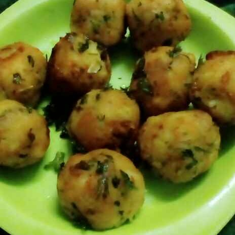 Photo of Bread and potato pops by subhadra arya at BetterButter