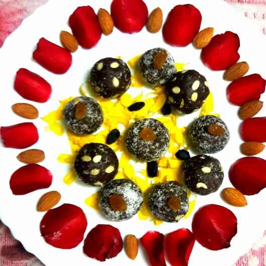 How to make Ragi cholocate dry fruit ladoos