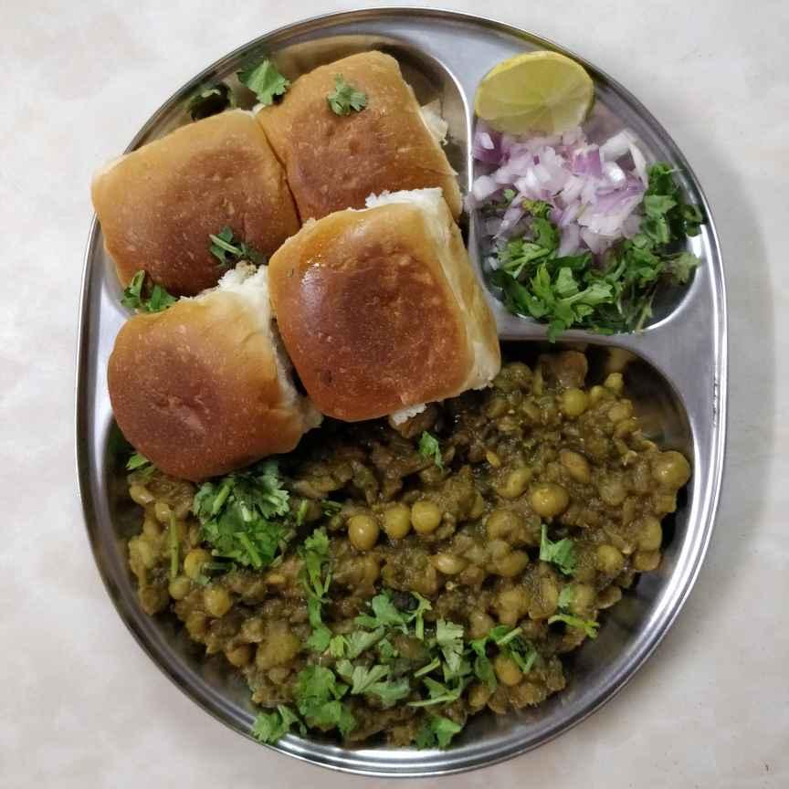 Photo of Hariyali Pav Bhaji by Sudha Badam at BetterButter