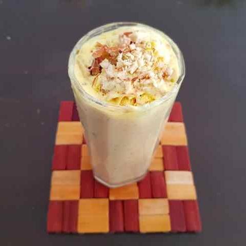 How to make Vanilla Banana Milkshake with Butterscotch bliss