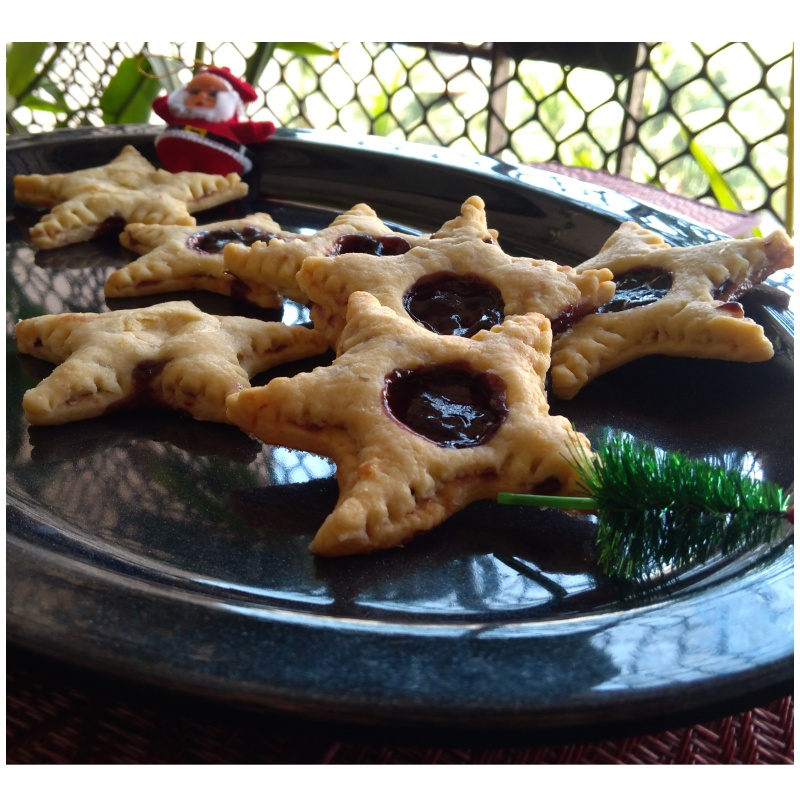 How to make Blueberry jam Star Cookies