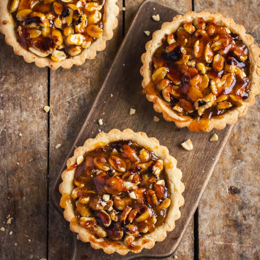 How to make Nutty Caramel Tarts