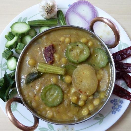 How to make BATAANI KATTU - white pea vegetable curry