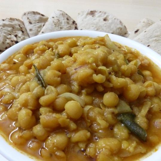 Photo of RAGGO CHONA -  spicy whitepea masala by Sujatha Ratnala at BetterButter
