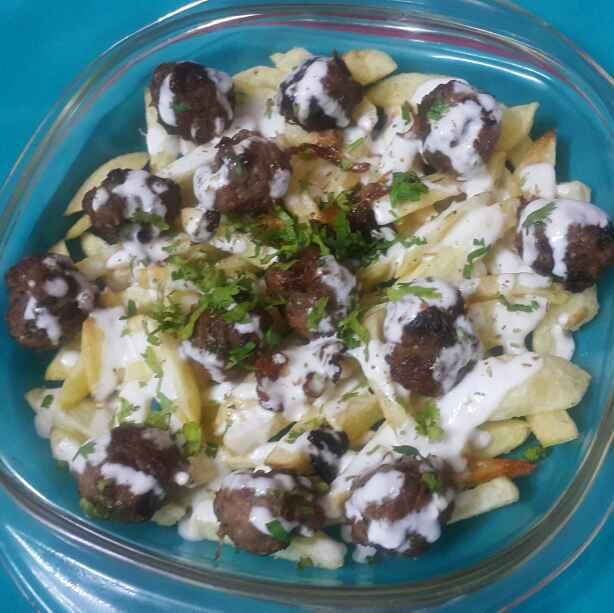 How to make Mini meatballs loaded potato fries