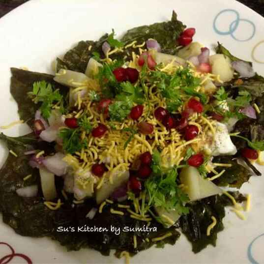 How to make Crispy Palak Chat / Spinach Chat