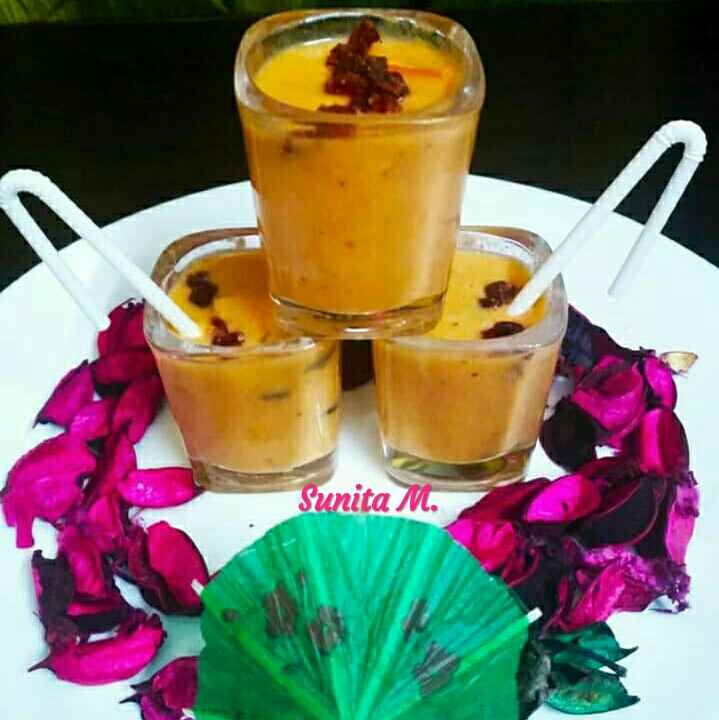 Photo of Tumeric-Papaya smoothie by Sunita Maheshwari at BetterButter