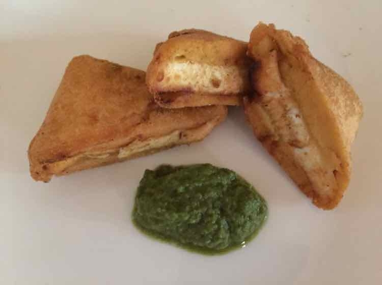 How to make Paneer Pakore/cottage cheese fritters