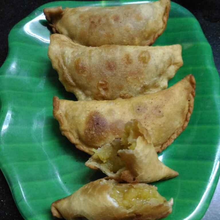Photo of puranachi karanji/kadabu by supriya padave (krupa rane) at BetterButter
