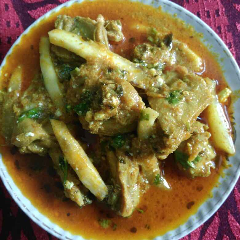How to make Raw mango chicken curry