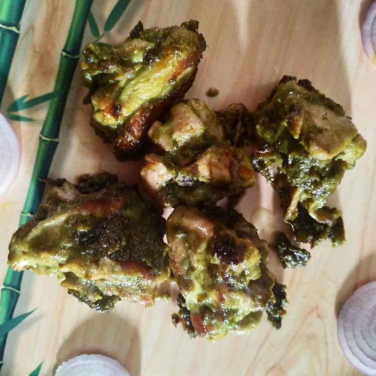 Photo of GREEN BUTTER CHICKEN by SUYAMBAGI ARAVIND at BetterButter