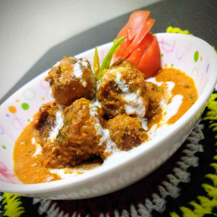 Photo of Cottage Cheese Koftas in a Spicy Red Curry (no onion-garlic) by Swagata Banerjee at BetterButter