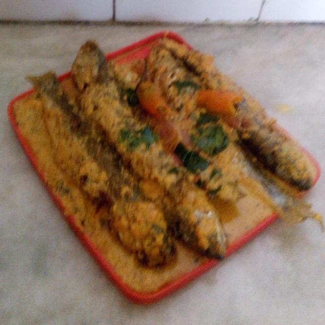 How to make Bata Mach in Yellow Gravy