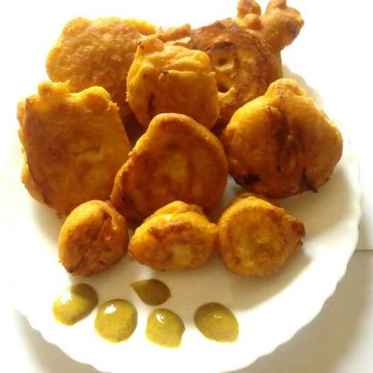 How to make Onion cheese fritters