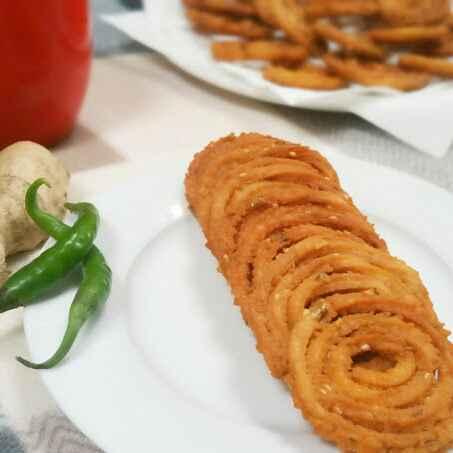 How to make Rice flour Chakli ! Crispy and crunchy !