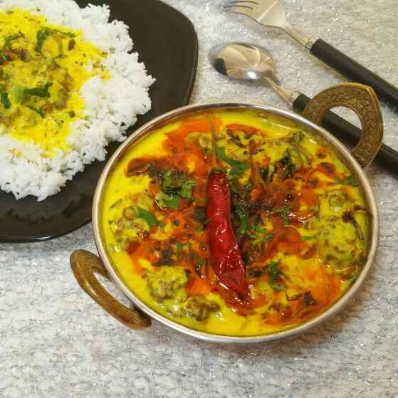 How to make Spinach Pakoda Kadhi !