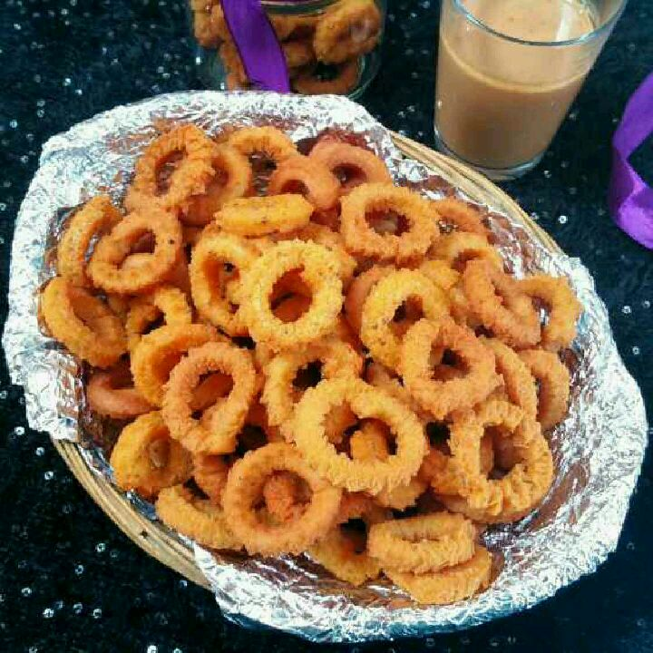 How to make Chegodi or Ring Murukku