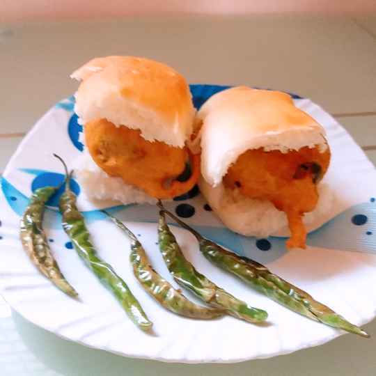 Photo of Vada pav by Swapnal swapna p at BetterButter
